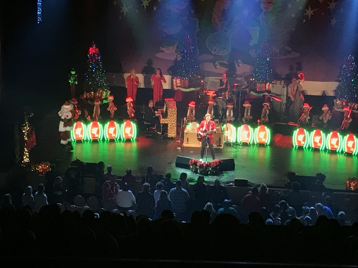 11 11 2017 the brian setzer orchestra christmas rocks tour genesee theatre concert archives. Black Bedroom Furniture Sets. Home Design Ideas